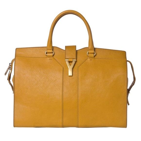 b3c03eddff20 YSL Yves Saint Laurent Cabas Chyc Handbag. M 5b53fc5f04ef50811dc94d3e